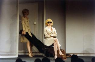 THEATHER_duas-mulheres-teatro-09