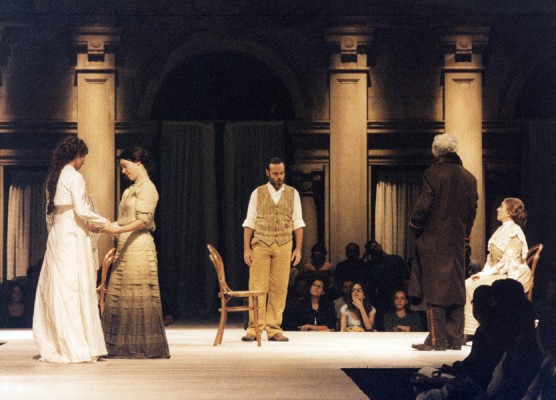 THEATHER_tio-vania-teatro-03-556x400