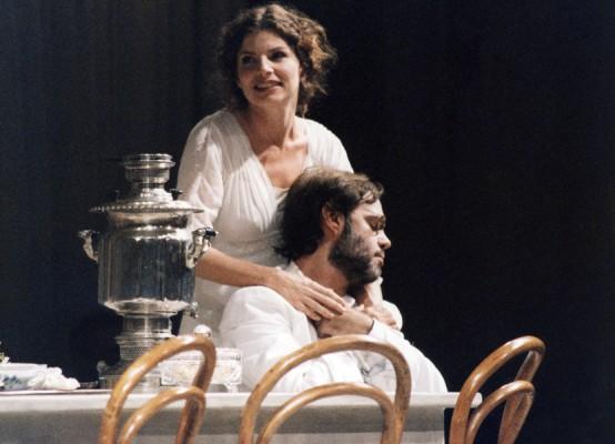 THEATHER_tio-vania-teatro-07-554x400