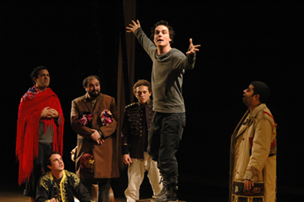 THEATHER_trupe teatro 400